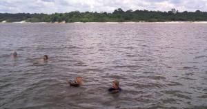 Svømmetur i Amazonasfloden